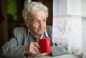 Elderly Care in Cromwell CT: Can Your Aging Adult Combat Loneliness if it's Difficult for Her to Get Around Easily?